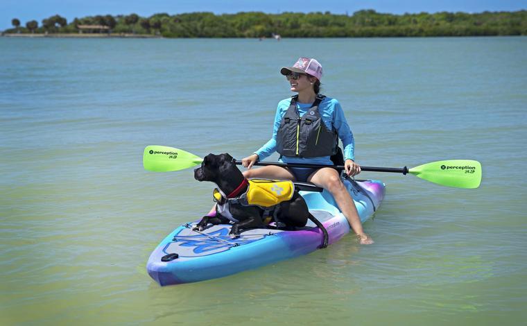 Hi Life Kayak with dog